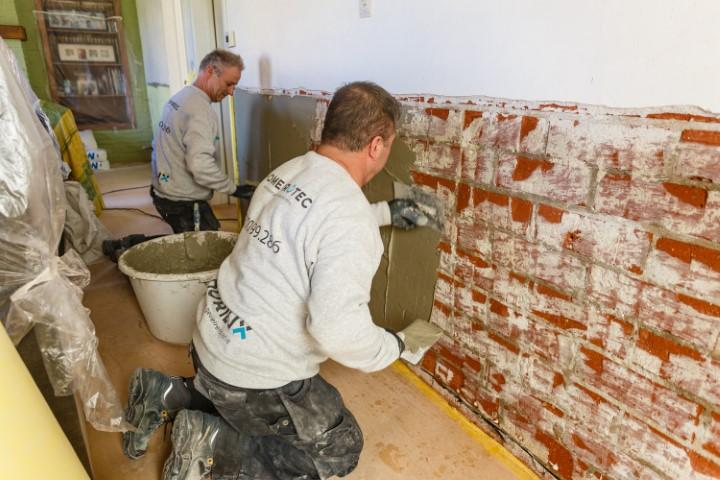 voorbereiding injecteren muur tegen vocht
